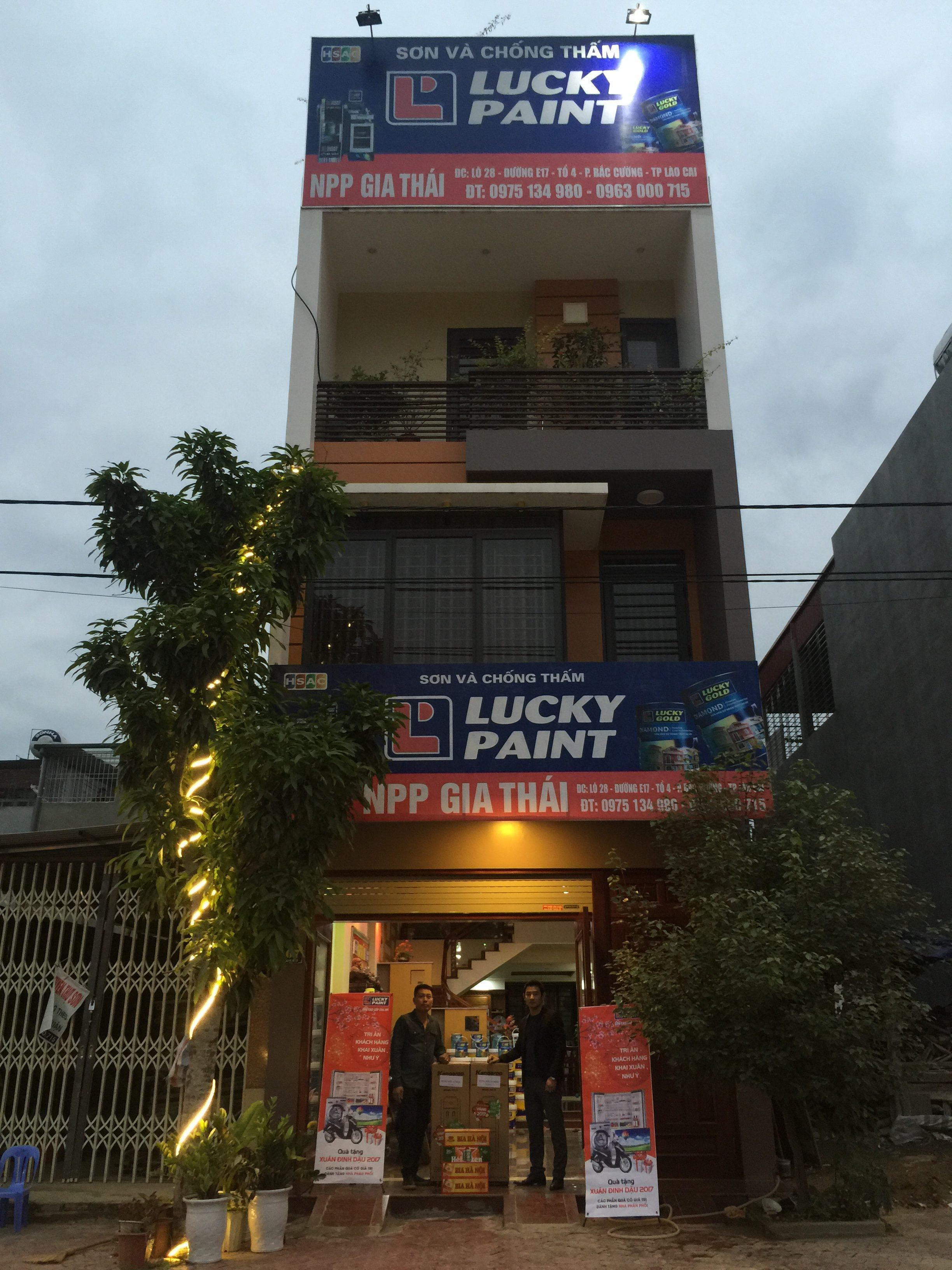 Dùng sơn dầu chống thấm ngoài trời có hiệu quả không?
