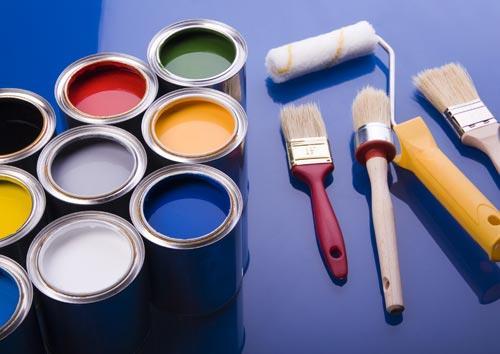 Bạn nên sử dụng mắt thường để kiểm tra màu sơn, nước sơn